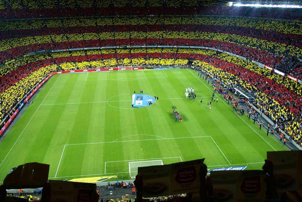Camp-Nou-Barcelona-football-Game