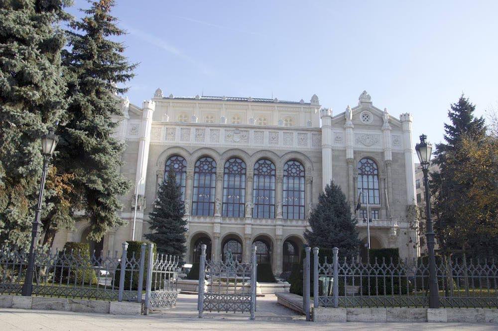 Budapest Pictures: Vigadó Concert Hall