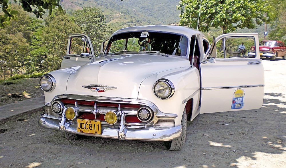 Ride a classic car in cuba